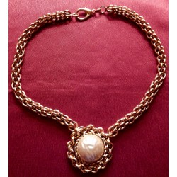 Collier ateliers Chanel...