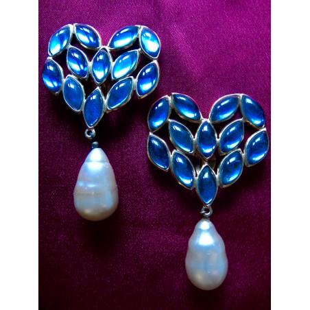 Importantes boucles d'oreilles Yves Saint Laurent Pierres bleues et perles