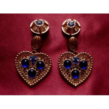 Importantes boucles d'oreilles YvesSaint Laurent coeur et pierres bleues