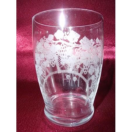 Verres gobelets cristal gravé époque art-déco (hauteur 6,7 cm)